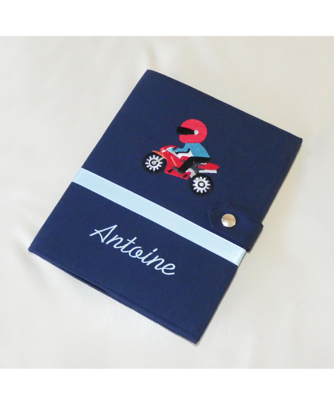 Protège carnet de santé rigide personnalisé - bleu marine - moto - Cadeau de naissance garçon